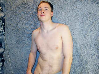 HenryHeroic private online amateur
