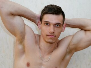 MichaelHotMuscle camshow free real